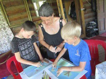 В Курмыше прошел мастер-класс по живописи для детей